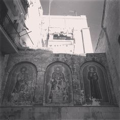 #santi #saints #wall #pittura #painting #murales #bari #archilovers #religious #architecture #perspective #oldtown #landscape_captures #cityscape #bw_instantscatcher #bw #blancoynegro #blancetnoir #biancoenero #bwlovers #blackandwhite #blackandwhitephotography #moodoftheday #nofilter #artphotography #art #viajando #travel