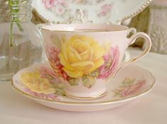 Collecting Tea Cups - Post photos of your tea cups - I Antique Online