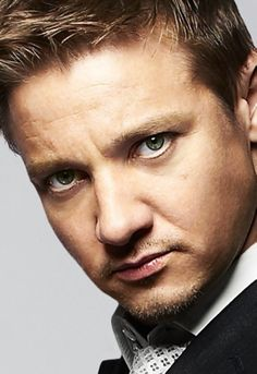 Jeremy Renner, another of my fav actors