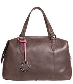 Deze Sporty Girl Bag van Merel by Frederiek is geschikt voor overdag maar is door de sportieve uitstraling ook goed geschikt als sporttas of als een tas voor een weekendje weg! (€159,95)