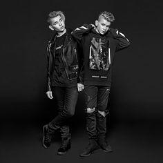 Twin Brothers, Leather Fashion, New Music, Bff, Twins, Puppys, Tights, Husband, Punk