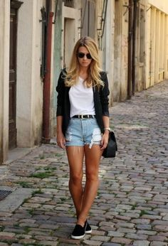 Denim shorts outfits. You'll love it! #denim #shorts #jeans #szorty…
