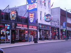 Memphis- crazy store. Part southern, part rock, part voo doo, part roll...lol