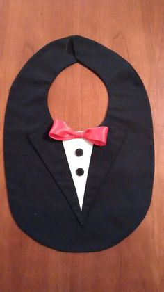 Lätzchen Anzug Smoking schwarz von  auf DaWanda.com
