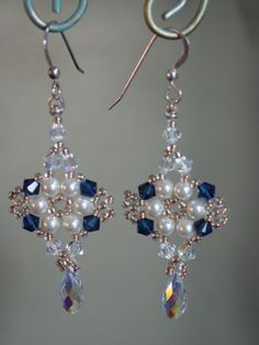 Beadwork - Blue Moon - Beadwoven Earrings - Beadweaving - Seed Beads.