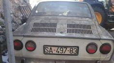Prilikom rušenja stare garaže u Sarajevu tačnije u naselju Alifakovac, naišli na Fiat 850 coupe star ni manje ni više nego 30 godina. Ovaj oldtajmer ukoliko bi se restaurirao, imao bi cenu od oko 15 000 evra. Uspomene su nešto najvrednije što svako od nas poseduje. Skupljamo ih svakoga dana, na svakom mestu, da se […] Чланак Rušili staru garažu i našli Fiat 850 coupe се појављује прво на Otkup automobila. Fiat 850, Vehicles, Car, Automobile, Autos, Cars, Vehicle, Tools