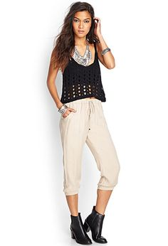 Solid Woven Capri Joggers | FOREVER 21 - 2000121759