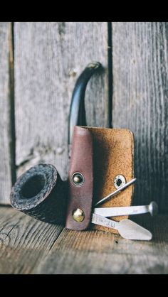 "kustomlove: ""TABACCO PIPE TOOL handcrafted by CAPT. Got some fresh leather, so I'll be hammering out some tool cases and such very soon! Wooden Smoking Pipes, Tobacco Pipe Smoking, Tobacco Pipes, Smoking Wood, Smoke Art, Up In Smoke, Cigar Cases, Pipes And Cigars, Leather Projects"