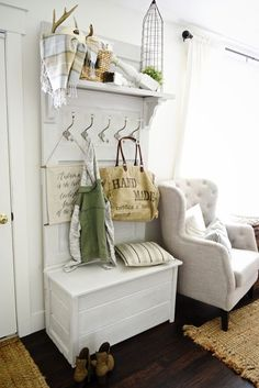 DIY Ideas for Your Entry - DIY Door Hall Tree - Cool and Creative Home Decor or Entryway and Hall. Modern, Rustic and Classic Decor on a Budget. Impress House Guests and Fall in Love With These DIY Furniture and Wall Art Ideas http://diyjoy.com/diy-home-decor-entry