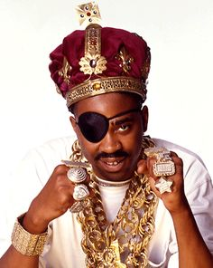 Google Image Result for http://fashionbombdaily.com/wp-content/uploads/2010/02/Slick-Rick-Gold-Chain.gif