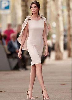 Simple Mother Of The Bride Dresses With Cape Sheath Short Knee Length Wedding Guest Dress Formal Party Gown vestidos de madrinha Simple Dresses, Elegant Dresses, Cute Dresses, Beautiful Dresses, Short Dresses, Dresses Dresses, Party Dresses, Kleidung Design, Bride Groom Dress