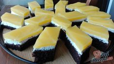 Ingenious FANTA cake with quark filling: Who does not cost it, can regret it - Kuchen, Torten - Dessert Bread Appetizers, Easy Cake Decorating, Sweet Bakery, Party Finger Foods, Food Trends, Homemade Ice, Easter Recipes, No Bake Cake, Amazing Cakes