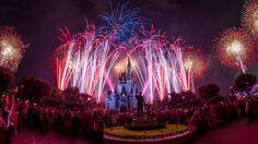 A Disney já está preparada para celebrar o Dia da Independência dos Estados Unidos nos seus parques temáticos de Walt Disney world Resort. No parque Magic Kingdom os convidados terão a oportunidade de assistir o espetáculo de fogos denominado Disney's Celebrate America! A Fourth of July...