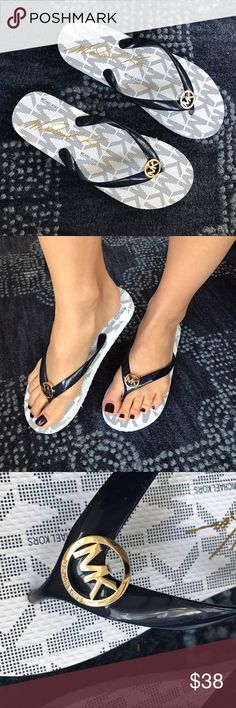 e74d9f04e4392e MICHAEL KORS White Dark Blue Flip-Flops 🌟 Brand new