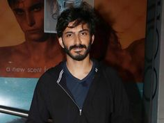 Harshvardhan Kapoor talks about the failure of his debut film 'Mirzya' at the Filmfare Glamour and Style Awards event. Read the full story here.