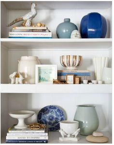 Coastal Home 10 Ways To Re Energize Your Space Bookshelf Decorating Arranging