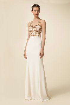 689356e32889 Marchesa Notte Spring 2016 Ready-to-Wear Fashion Show