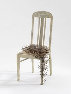 "Günther Uecker - ""Untitled"", 1965. Nails and dispersion on chair (height 108 cm). Find out more here:  Günther Uecker : Hammering Passion   ©   ART HuNTER ."
