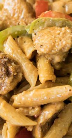 This creamy Cajun Chicken Pasta is a simple but incredibly flavorful homemade dinner that can be on the table in under 30 minutes. Best Pasta Recipes, Cajun Recipes, Italian Recipes, Crockpot Recipes, Chicken Recipes, Cooking Recipes, Delicious Recipes, Healthy Recipes, Pasta Side Dishes