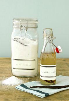 homemade vanilla sugar + vanilla bean syrup (from Jenny Steffens) Vanilla Syrup, Vanilla Sugar, Vanilla Beans, Vanilla Oil, Vanilla Fudge, Powdered Sugar, Vanilla Bean Scones, Salsa Dulce, Biscotti