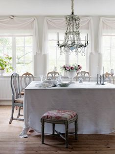 ~ love this dining room