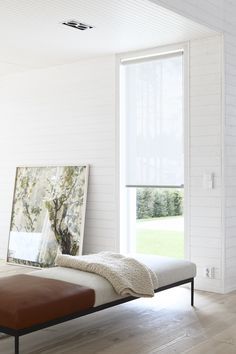 Vista blind fabric allows a delicate and soft light to pass through. Materials: paper yarn and cotton. Fabric Blinds, Curtains With Blinds, White Roller Blinds, Interior Decorating, Interior Design, Window Treatments, Interior Inspiration, New Homes, Minimalist
