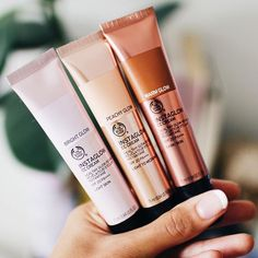 "12.6k aprecieri, 75 comentarii - The Body Shop Official (@thebodyshop) pe Instagram: ""@tashaggreen loves our Instaglow CC Creams. Colour correct and enhance your natural glow. Enriched…"""