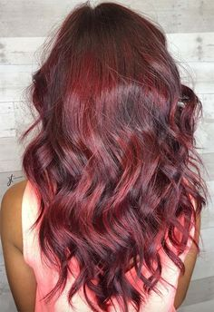 63 Hot Red Hair Color Shades to Dye for: Red Hair Dye Tips & Ideas Magenta Hair Colors, Dyed Hair Purple, Dyed Hair Pastel, Dyed Blonde Hair, Hair Color Dark, Red Hair Tips, Hair Dye Tips, Dye Hair, Cherry Red Hair