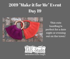"""Crochet Bags Designs 2019 Make it for Me Day 19 - ELK Studio - Handcrafted Crochet Designs - It's time to kick off Day 19 of the 2019 """"Make it for Me"""" projects! Love Crochet, Learn To Crochet, Beautiful Crochet, Crochet Handbags, Crochet Bags, Crochet Hooks, Crochet Designs, Crochet Patterns, Crochet Ideas"""