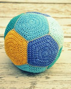 crochet baby ball - Tutorial