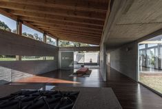Estúdio para Yoga-Kamadhenu  / Carolina Echevarri  + Alberto Burckhardt  | ArchDaily Brasil
