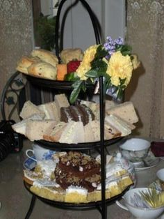 Afternoon Tea     A complete meal of tea, assorted-finger sandwiches, scones, Devonshire, preserves, and assorted sweets.   Park Avenue Tea    A lighter version of our afternoon tea-assorted finger sandwiches, a garden salad, scone with Devonshire, preserves and tea.