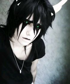 Insanely Awesome Ulquiorra cosplay