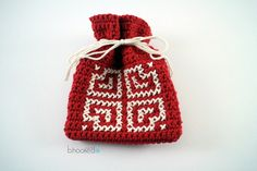 crochet valentine goody bag-With Free Written Instructions