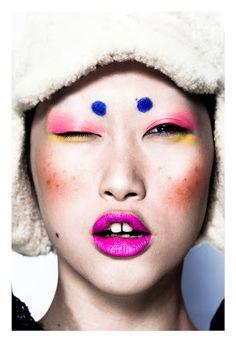 Make up on model Angie Ng Makeup Inspo, Makeup Art, Makeup Inspiration, Makeup Tips, Beauty Makeup, Hair Makeup, Pink Makeup, Extreme Makeup, Foto Fashion