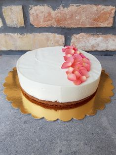 Mousse Cake, Cakes, Baking, Food, France, Food Cakes, Cake Makers, Kuchen, Bakken