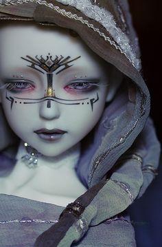 Gorgeous doll looks like the similar markings to the last air benders markings. It is like a little alien so sweet