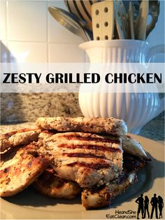 Zesty Grilled Chicken // apple cider vinegar, minced garlic, steak seasoning --> make a bunch and eat with meals and on salads all week via He and She Eat Clean Grilling Recipes, Cooking Recipes, Healthy Recipes, Protein Recipes, Whole30 Recipes, Healthy Meals, Crockpot Recipes, Yummy Recipes, Healthy Food