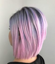 100 New Short Hairstyles for 2019 - Bobs and Pixie Haircuts, Today's article is all about 100 new short hairstyles for We all pretty sure that long hair is not the best option for each lady to be most fem. New Short Hairstyles, Choppy Bob Hairstyles, Trending Hairstyles, Pixie Haircuts, Short Hair With Layers, Short Hair Cuts, Haircut Tip, Androgynous Haircut, Lob Styling