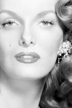 Jane Russell #OldHollywood Love the classic beauties before plastic surgery