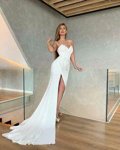 Fashion Wear, High Fashion, Debut Dresses, Luxury Wedding Dress, Bridesmaid Dresses, Wedding Dresses, Embellished Dress, Dress Collection, Mermaid