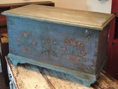 ANTIQUE HAND PAINTED BLUE 1800'S DOVETAILED  FOLK ART BLANKET CHEST - TRUNK From Americas Place Ebay