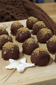 Xmas Desserts, Christmas Baking, Truffles, Macarons, Breakfast Recipes, Beverages, Muffin, Sweets, Cookies