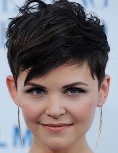 Ginnifer Goodwin choppy straight hairstyle