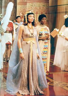 """1954 — Gene Tierney as 'Princess Baketamun' in """"The Egyptian"""" (A long red belt has been added to this gown. Queens were most commonly depicted wearing white linen gowns, w/ red belts) Ancient Egyptian Clothing, Ancient Egypt Fashion, Egyptian Fashion, Ancient Egyptian Art, Egyptian Jewelry, Ancient Aliens, Ancient History, Egyptian Makeup, Egyptian Costume"""
