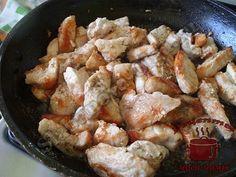 Сочная куриная грудка в сметанном соусе, обжариваем Meat, Chicken, Food, Essen, Meals, Yemek, Eten, Cubs