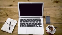 Bilgisayarda yazı yazarak para kazanma ve yazı yazarak para kazandıran siteler hakkında detaylı bilgi veren sayfa.