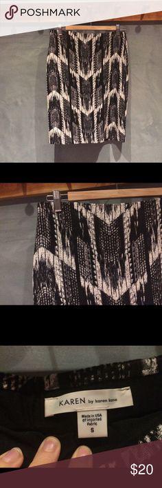 Black and white Karen Kane pencil skirt Black and white stretchy knee length Karen Kane pencil skirt Karen Kane Skirts Pencil