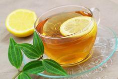 Zelený čaj je jednou ze supersilných potravin, pomáhá vašemu zdraví a přináší řadu pozitivních vlastností. Ovšem pro vaše zdraví bude mít ještě lepší účinek, pokud kněmu ještě přidáte další zdraví prospěšné produkty; ochucený kokosový olej a čerstvá citronová šťáva. Celé to můžete lehce osladit organickým medem. Je to velmi jednoduché. Jak setento čaj připravuje? Ingredience: …