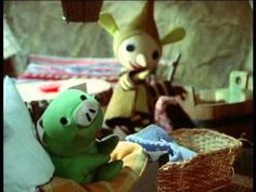 Mazsola és Tádé: Betegek vagyunk. - YouTube Youtube, Teddy Bear, Teddybear, Youtubers